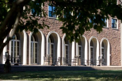 MedailleHall_campus
