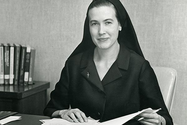 Image of Roberta Smith.
