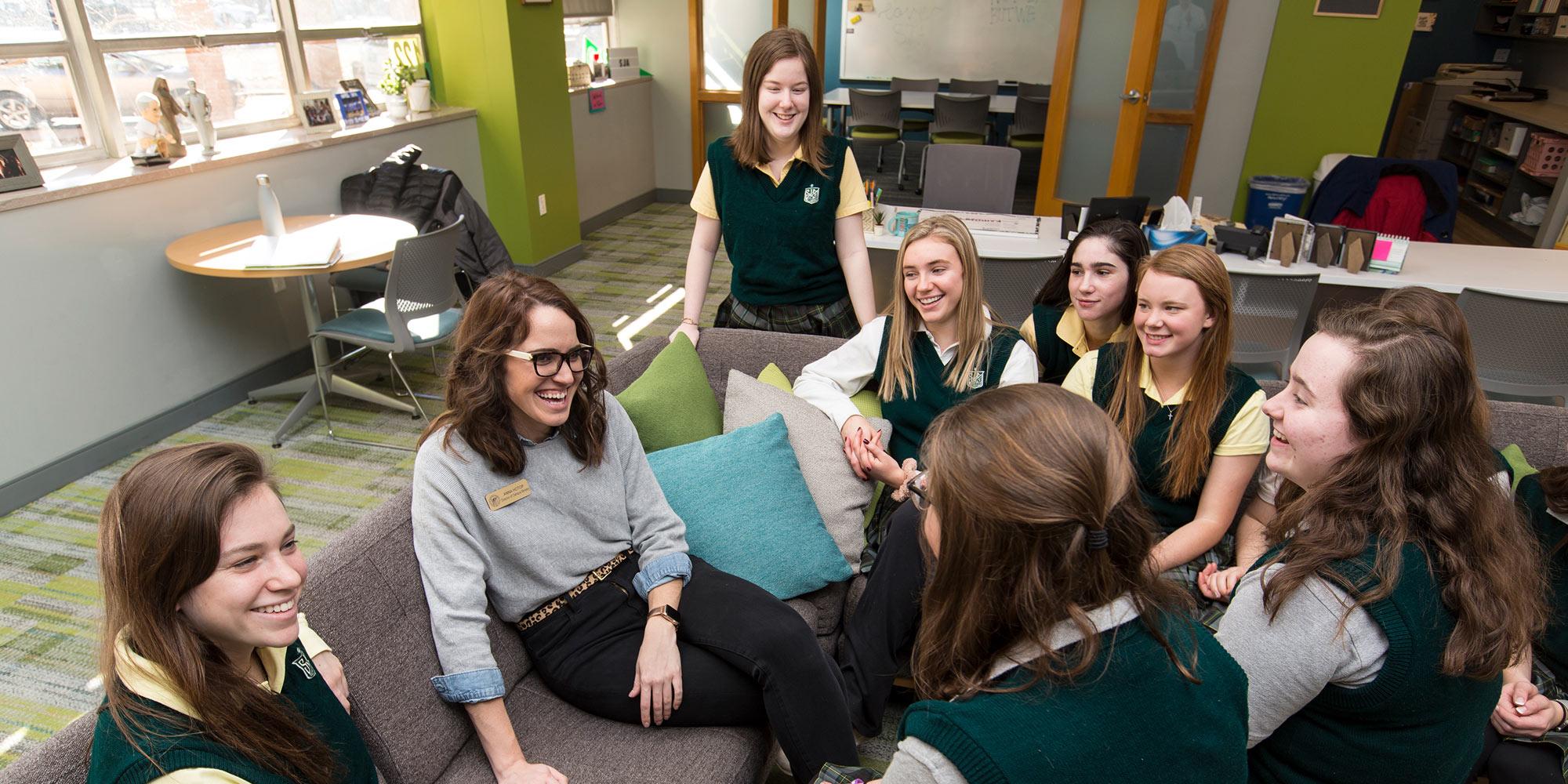 Fontbonne alumni teaching students.
